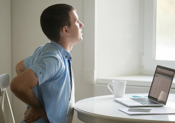 Bureaustoel-rugpijn